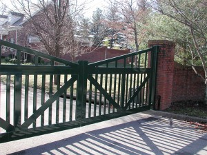 Automated Gate Systems - Green Residential Gate in Central Kentucky